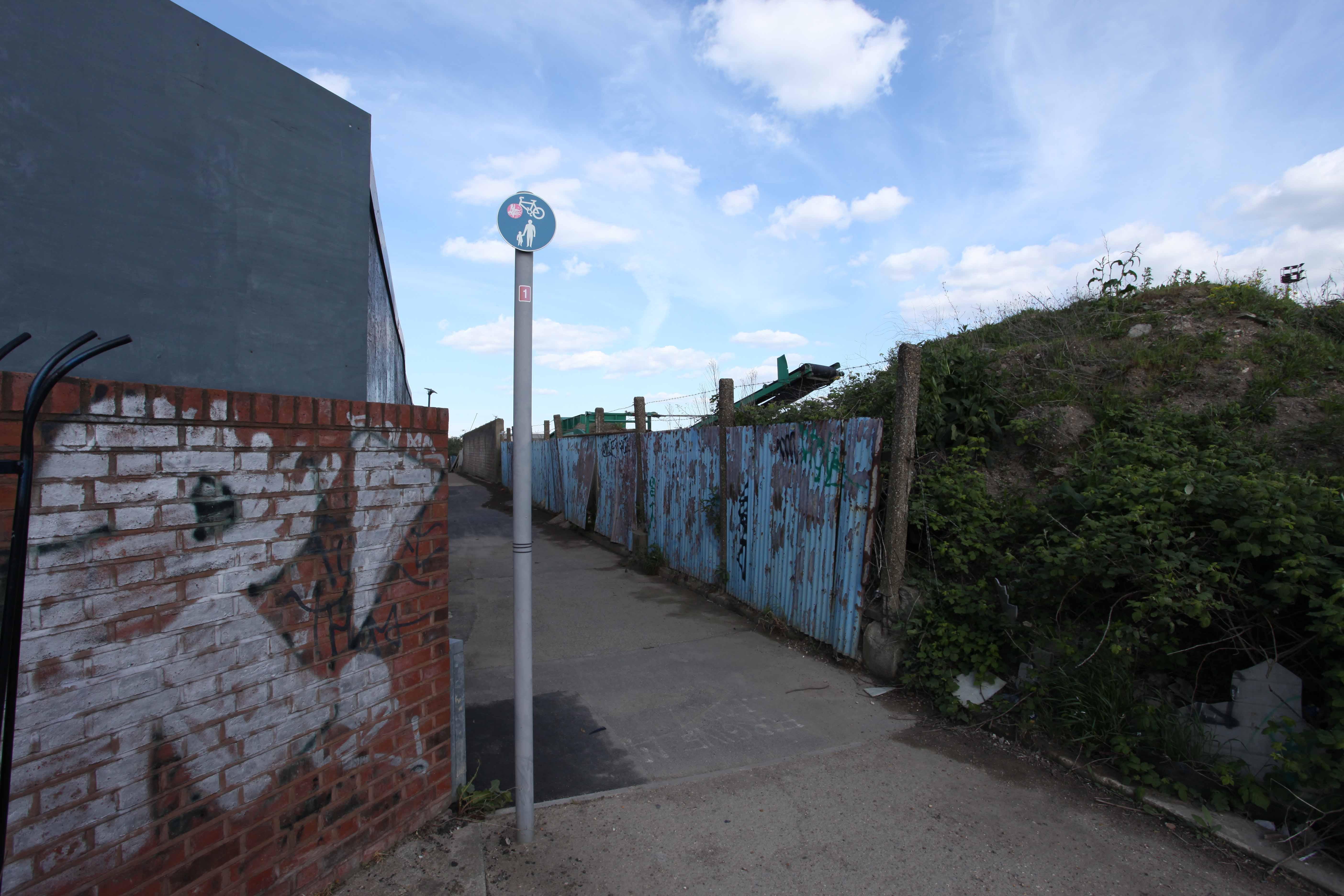 greenwich-river-walk-028